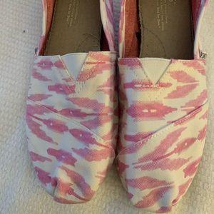 Ladies Toms shoes